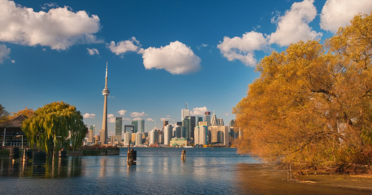 Toronto housing market defies crash fears again as prices