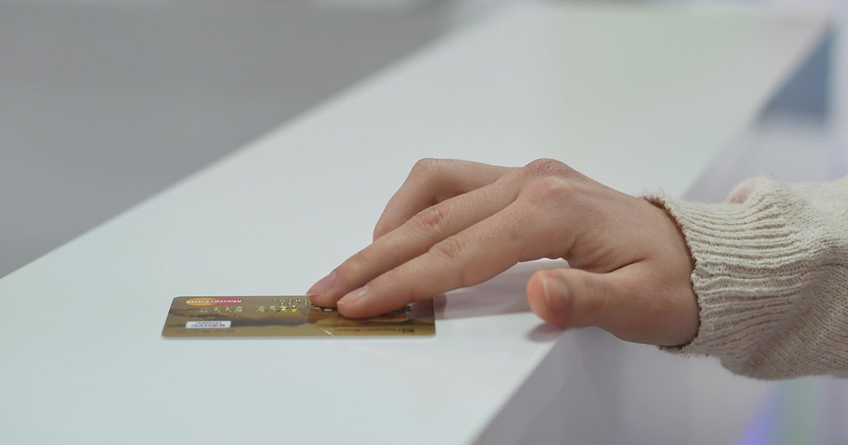 Which Card Gives More Money Back When Buying A Car