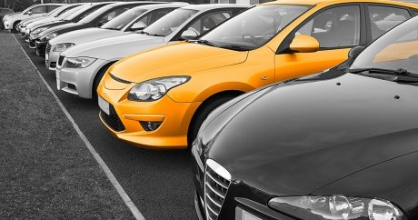 Buying a car in Canada: new vs. used